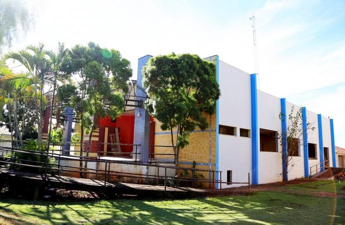 Reforma do Auditório da Escola Dona Leopoldina em Itaipulândia terá sequência