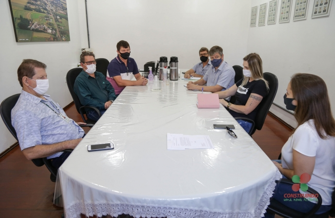 Representantes da Cohapar se reúnem com Administração de Missal