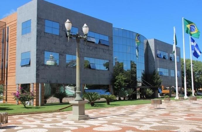 Santa Helena: licitação com restrição territorial indevida leva à aplicação de multas