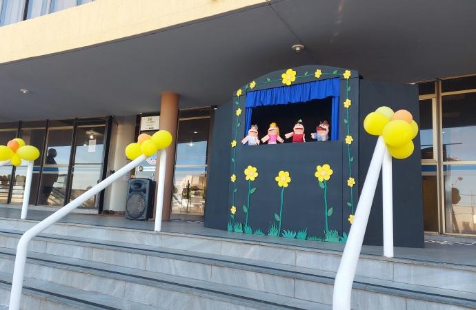 SMI: Ato simbólico é realizado no Paço Municipal em razão do Dia Nacional de Combate ao Abuso e a Exploração Sexual de Crianças e Adolescentes