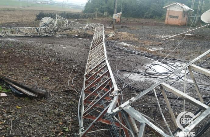 Temporal derruba torre de transmissão da Costa Oeste 93,3 FM em Santa Helena