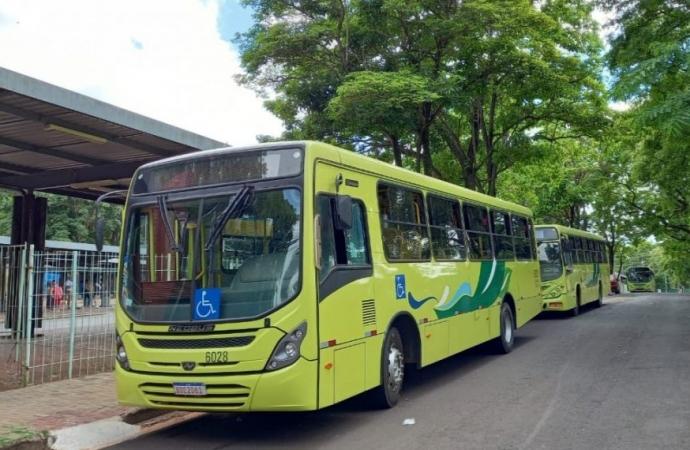 Trabalhadores do Transporte Coletivo de Foz do Iguaçu paralisam circulação às 9h desta sexta, 16