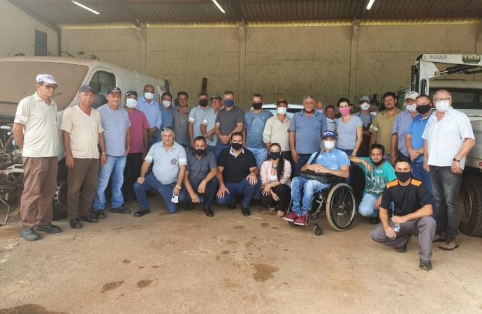 Vereadores visitam secretarias de Agricultura e Obras e constatam principais dificuldades