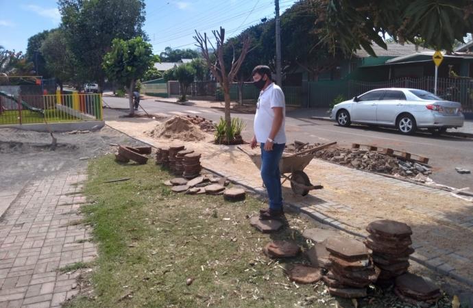 Vice-prefeito de Missal acompanha obras no Bairro Jardim Gramado