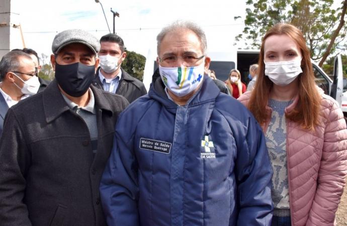 Vice-prefeito de São Miguel e secretária acompanham visita do ministro da Saúde em Foz do Iguaçu