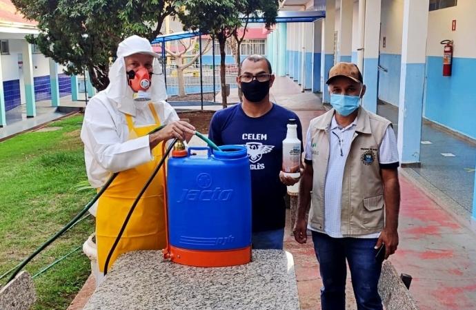 Vigilância em Saúde orienta processo de sanitização das escolas municipais de Itaipulândia