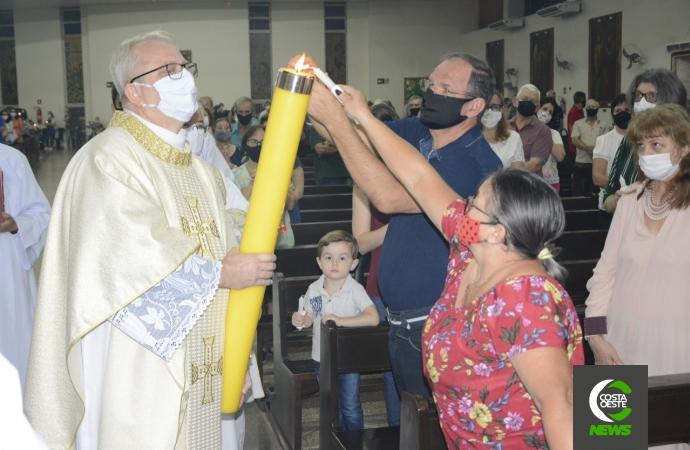 Vigília Pascal: Missa celebra a Ressurreição do Senhor