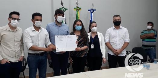 Administração entrega ordens de serviços para novas obras em Medianeira