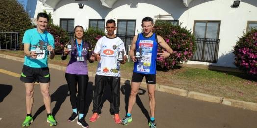 Atletas de Guaíra consquistam ouro e bronze no Desafio de Equipes em Cascavel