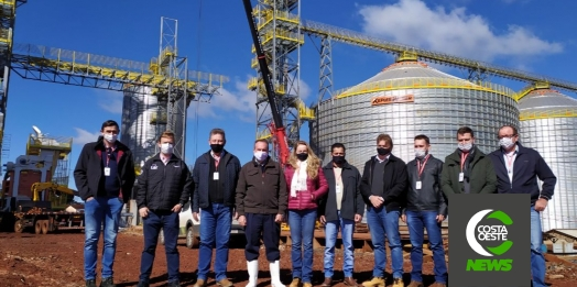 Comitiva da Lar Cooperativa visita obras do Complexo Industrial Bom Jesus