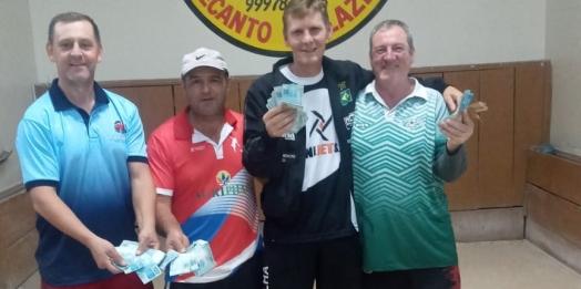 Conheça os campeões do torneio de bocha individual e trio realizado em Santa Helena