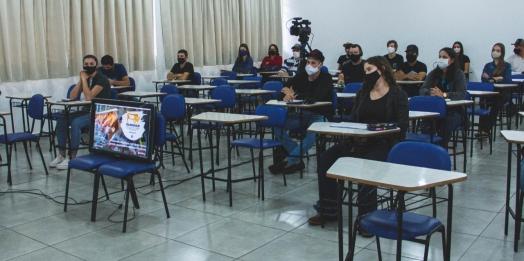 Curso de Nutrição em Bovinos Leiteiros da UNIGUAÇU fortalece a cadeia produtiva de leite na Região Oeste do Paraná