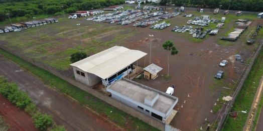 Delegacia de PF em Foz do Iguaçu implanta novo modelo de gestão de veículos apreendidos