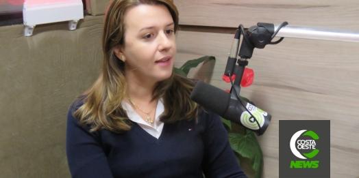 """""""Em 15 dias deve estar atendendo a população"""", diz vereadora Fabricia sobre hospital em Santa Helena"""