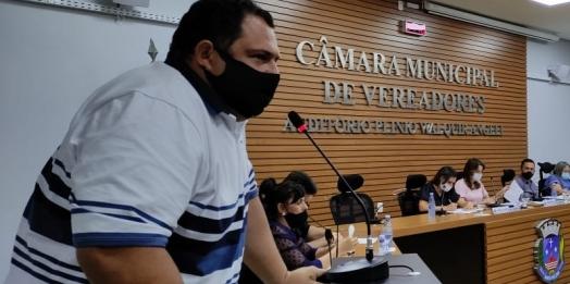 """""""Fumicultores estão esquecidos em Santa Helena"""", diz vereador Rodrigo Farina"""