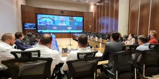 Governador faz reuniões de emergência com prefeitos do Paraná