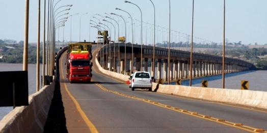 Governo e Itaipu formalizam convênios de R$ 193 milhões para obras em Guaíra e Cascavel
