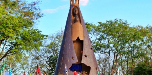 """Itaipulândia, """"Capital da Fé"""" no Paraná"""
