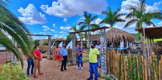 Itaipulândia: COMTUR se reúne no parque aquático  Itaipuland