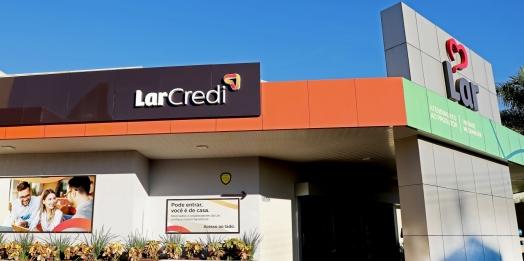 LAR CREDI:  Cooperativa de crédito inicia as atividades