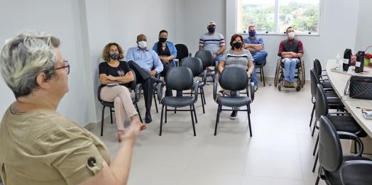 Medianeira: Secretária de Desenvolvimento Econômico apresenta equipe e plano de ações para vereadores