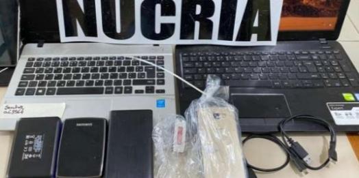 Médico é preso com material pornográfico de crianças e adolescentes, em Matelândia