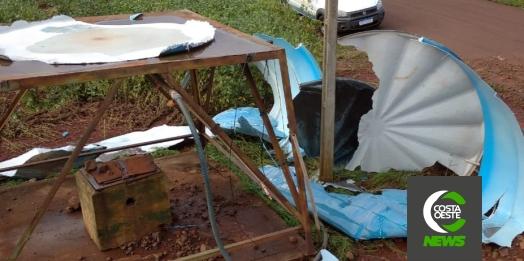 """""""Não sei a quem mais recorrer"""", diz agricultora de Santa Helena Velha que aguarda a meses por caixa d'água"""