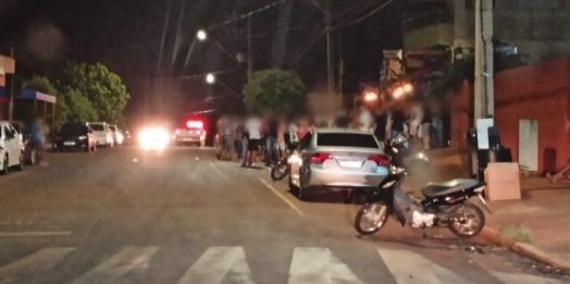 Polícia Militar flagra bar com aglomeração de pessoas em Missal