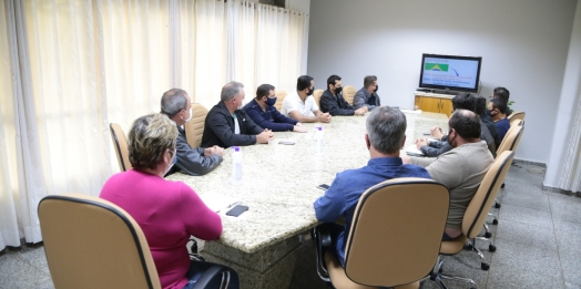 Prefeita e Vice reúnem-se com Vereadores e discutem ações e futuros projetos para Itaipulândia