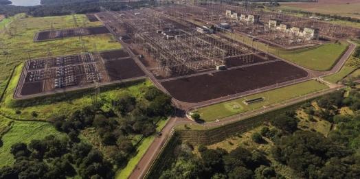 Presidente Bolsonaro dá a largada em Foz do Iguaçu à revitalização do sistema de Furnas, com recursos de Itaipu