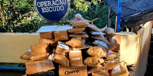 Receita Federal retêm remessas postais irregulares avaliadas em R$60 mil em Matelândia