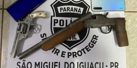 São Miguel: Pol. Civil prende homem, recupera objetos roubados e apreende armas de fogo
