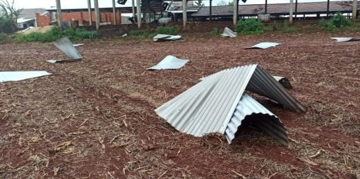 Tornado atinge propriedade rural em Pato Bragado;