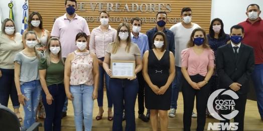 Vereadores entregam Moção de Aplauso aos profissionais de Saúde em Santa Helena