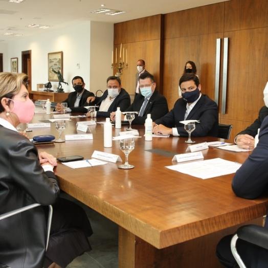 Ambev anuncia R$ 385 milhões para ampliar produção de cervejas puro malte no Paraná