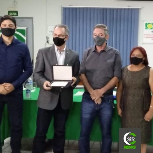 Associação Comercial e empresarial de Guaíra realiza posse da nova diretoria