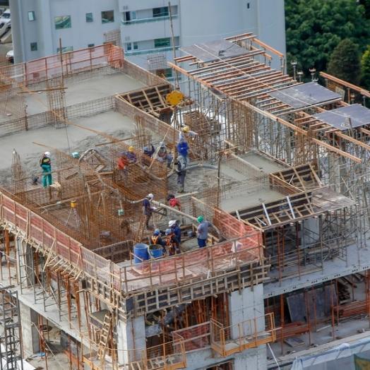 Com 11,6 mil contratações no Paraná, construção civil tem o melhor trimestre desde 2019