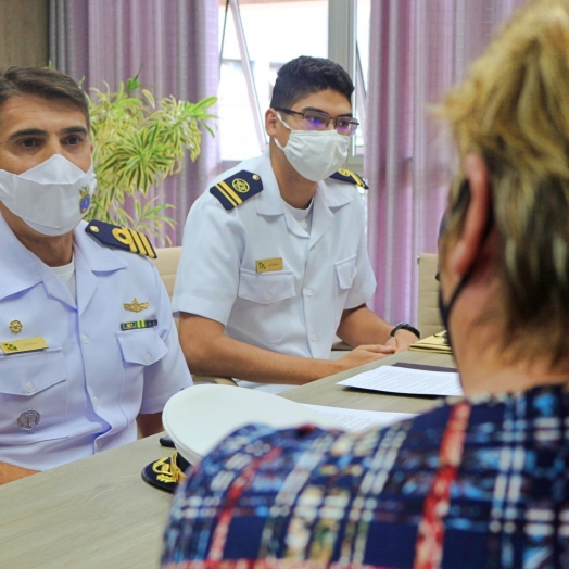 Comandante e Tenente da Marinha do Brasil visitam Itaipulândia