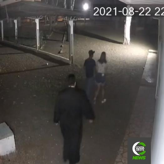 Padre aciona a PM em São José das Palmeiras após jovens serem flagrados namorando ao lado da paróquia