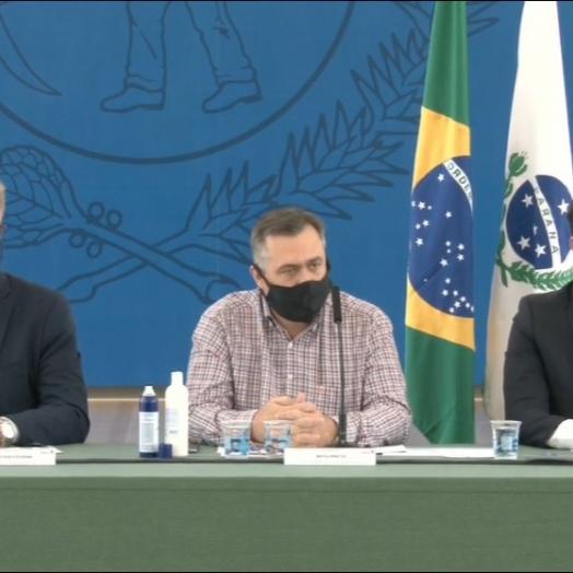 Paraná suspende serviços não essenciais por oito dias para conter avanço da Covid-19