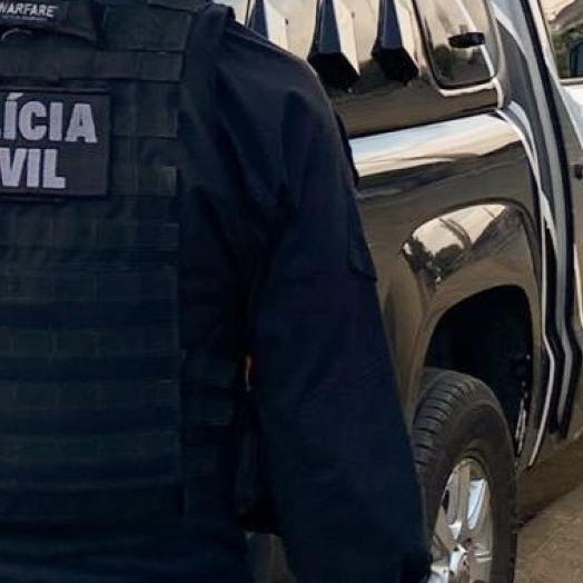 Polícia Civil cumpre mandado de prisão contra foragido de homicídio