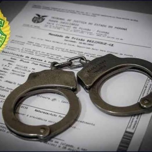 Polícia Militar de Itaipulândia cumpre mandado de prisão na Vila Caramuru