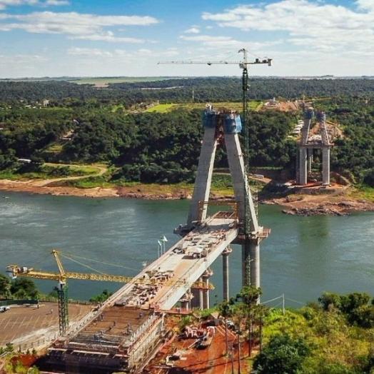 Presidente Franco proibirá entrada de caminhões na Ponte da Integração se acesso não for concluído