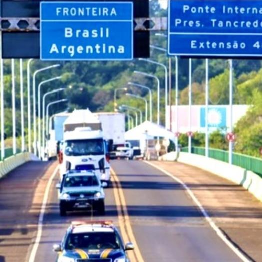 PRF informa sobre documentos exigidos na fronteira terrestre com a Argentina; veja o vídeo