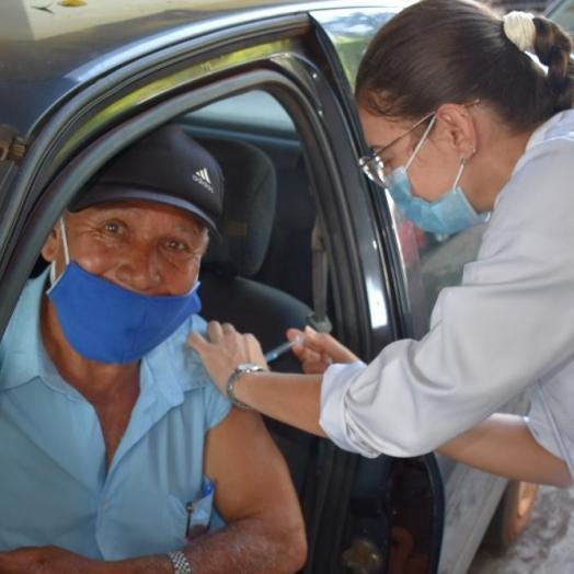 São Miguel do Iguaçu inicia aplicação da 3ª dose para idosos de 80 anos completos ou mais