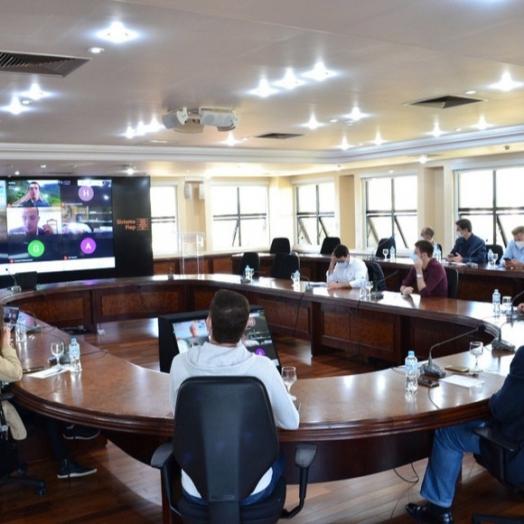 Técnicos dos governos estadual e federal discutem projetos ferroviários no Paraná